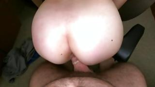 Agreeable sweetheart is enjoying a agreeable jabbing with her muscular gentleman
